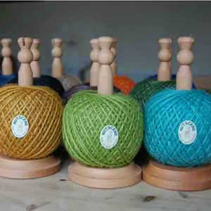 Rope Gift: Beech Wood Stand with Jute Twine (XII)